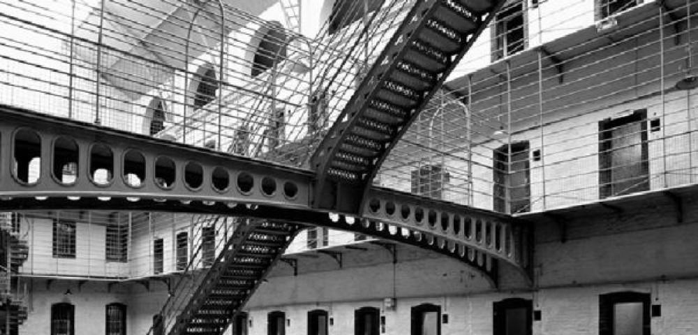 <div class='banner_marca'></div><div class='banner_title'>Diners per a presons</div><div class='banner_content'>Un article de Manel Rodríguez-Castelló</div>