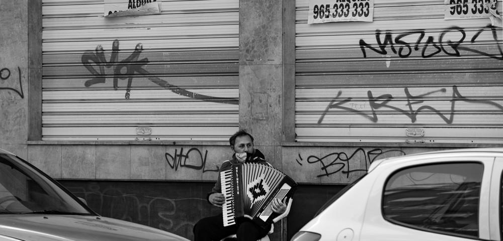 <div class='banner_marca'></div><div class='banner_title'>El bulevar de los sueños rotos</div><div class='banner_content'>Un reportatge de Paco Grau amb text de Javier Llopis</div>