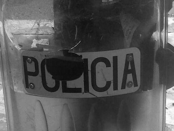 Policías magullados