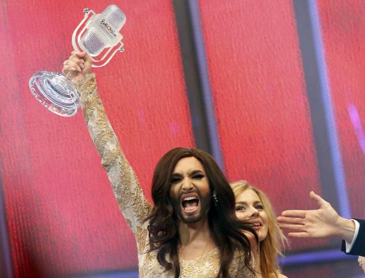 La cantante barbuda Conchita Wurst hará de capitán y de favorita en las próximas fiestas de Alcoy