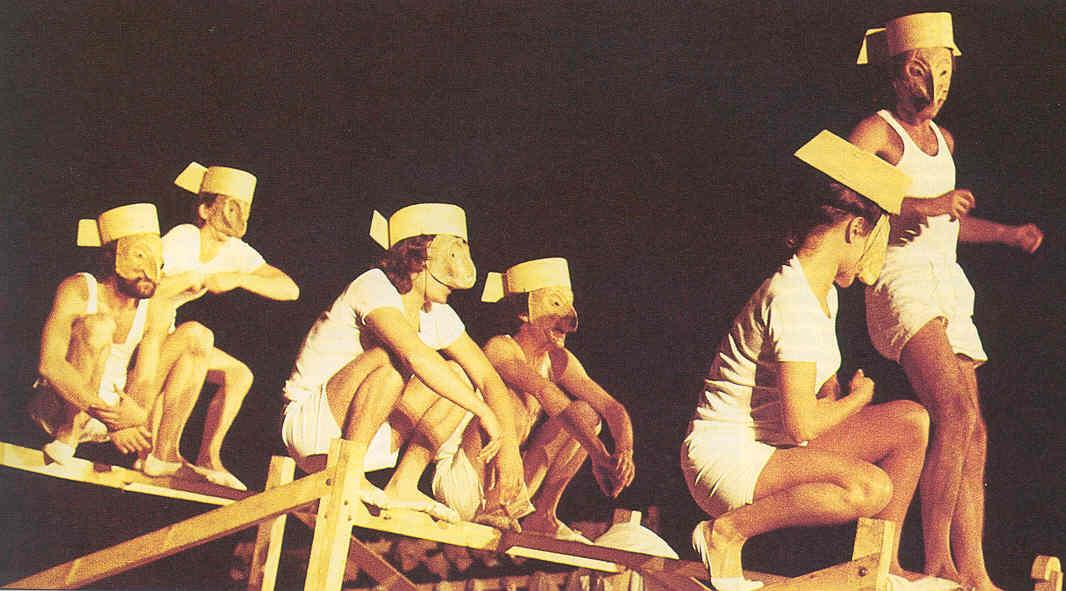 Els Joglars. 1977. La Torna. Foto Cuadernos El Publico n.29 (1)
