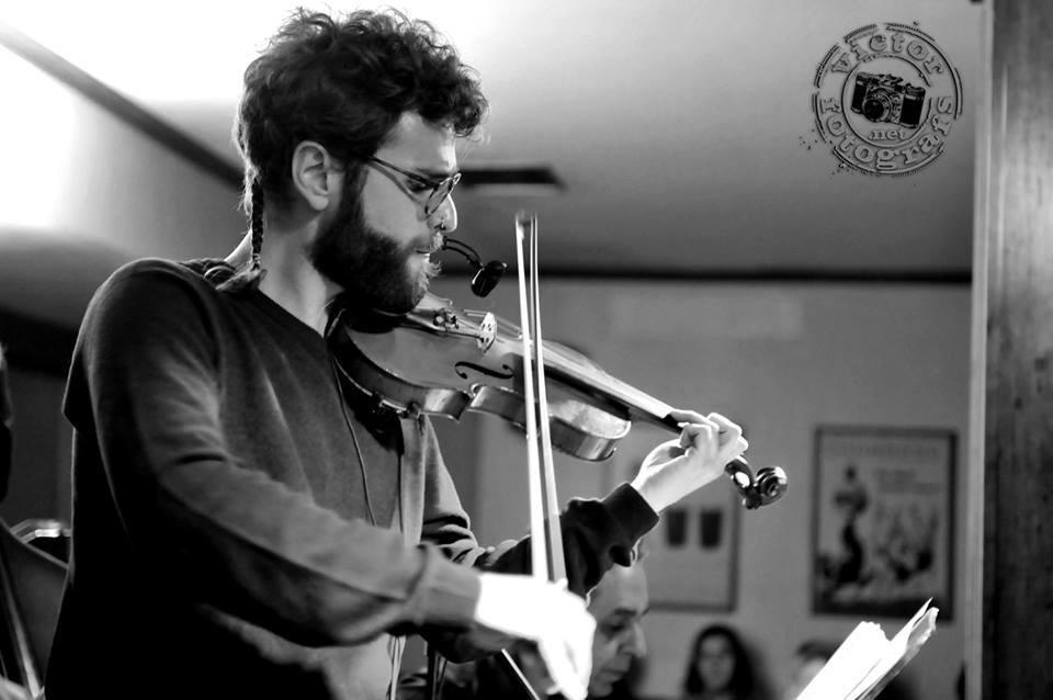 Jazz per a inquiets: Ernesto Llorens, el violí fascinant