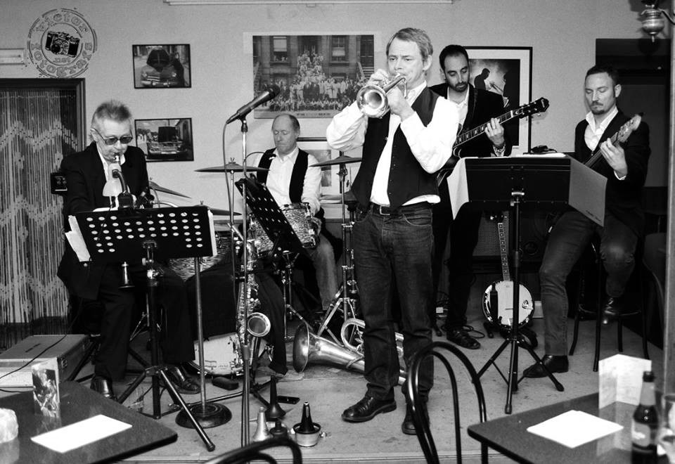 Jazz per a inquiets: Costa Blanca Jazz Band, música alegre amb estil anglés