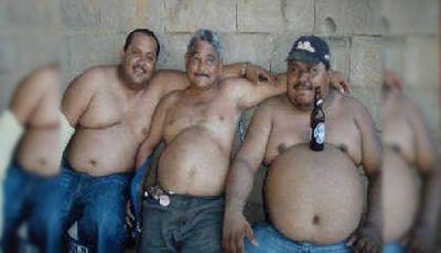 El Ayuntamiento impondrá fuertes multas a los gordos que vayan por la calle sin camiseta
