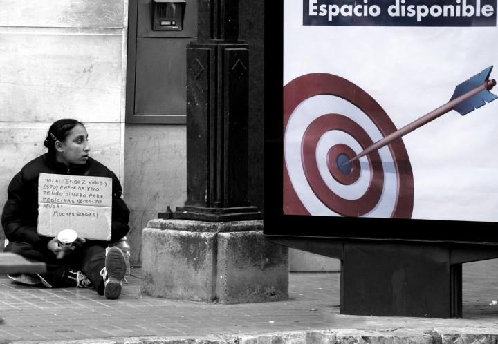 """""""La mirada de Paco Grau"""" en la sala de exposiciones de Mutua Levante"""