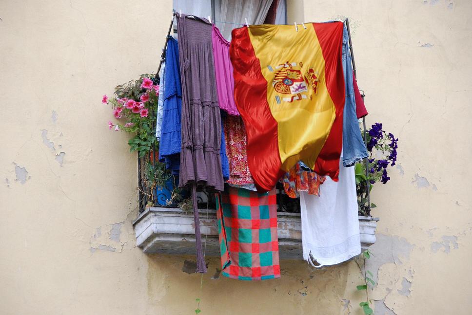 El Ayuntamiento de Alcoi aprobará una nueva ordenanza sobre la colocación de banderas nacionales en domicilios particulares
