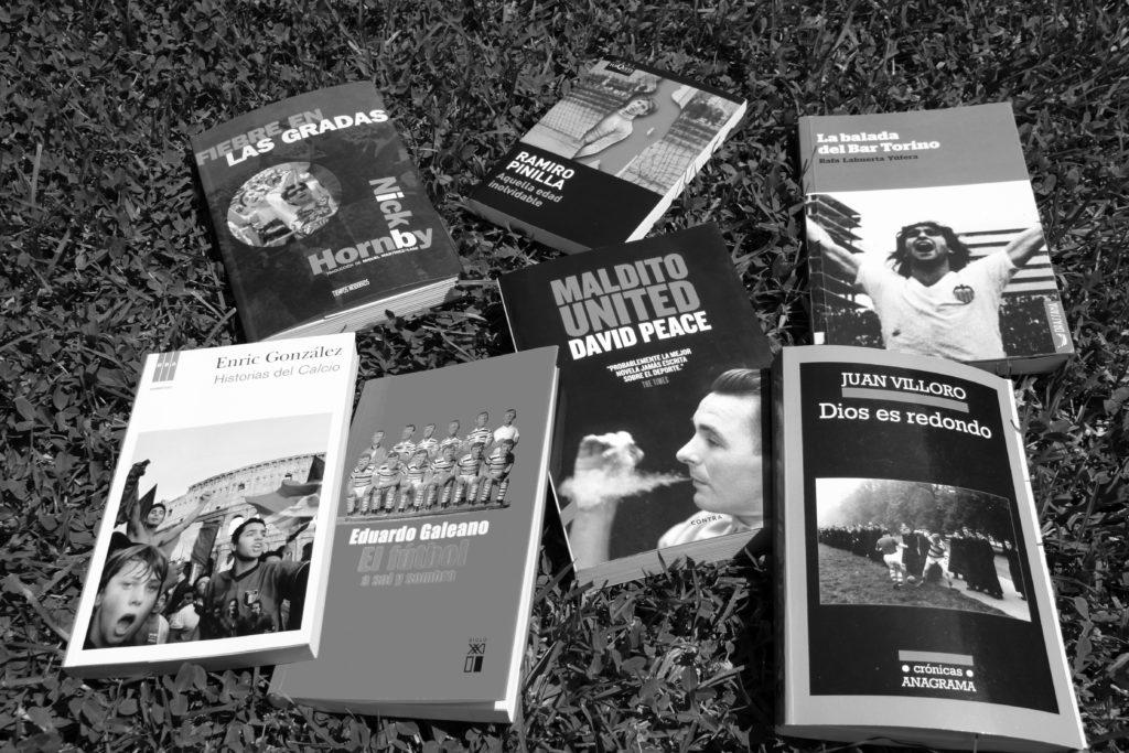 Set llibres i onze cançons de futbol