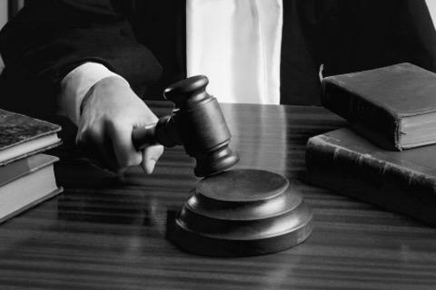 Dos jutges d'un jutjat
