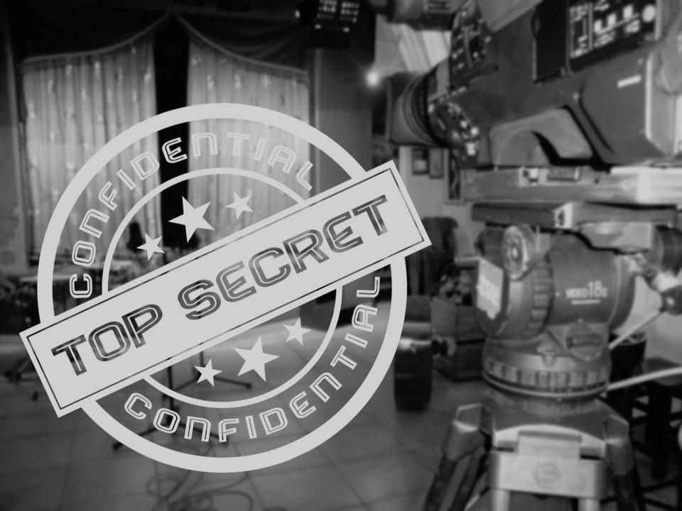 Amb motiu del 36e aniversari L'Escenari Pub desclassifica els documents secrets de les seues actuacions i els posa a disposició de Tipografia La Moderna