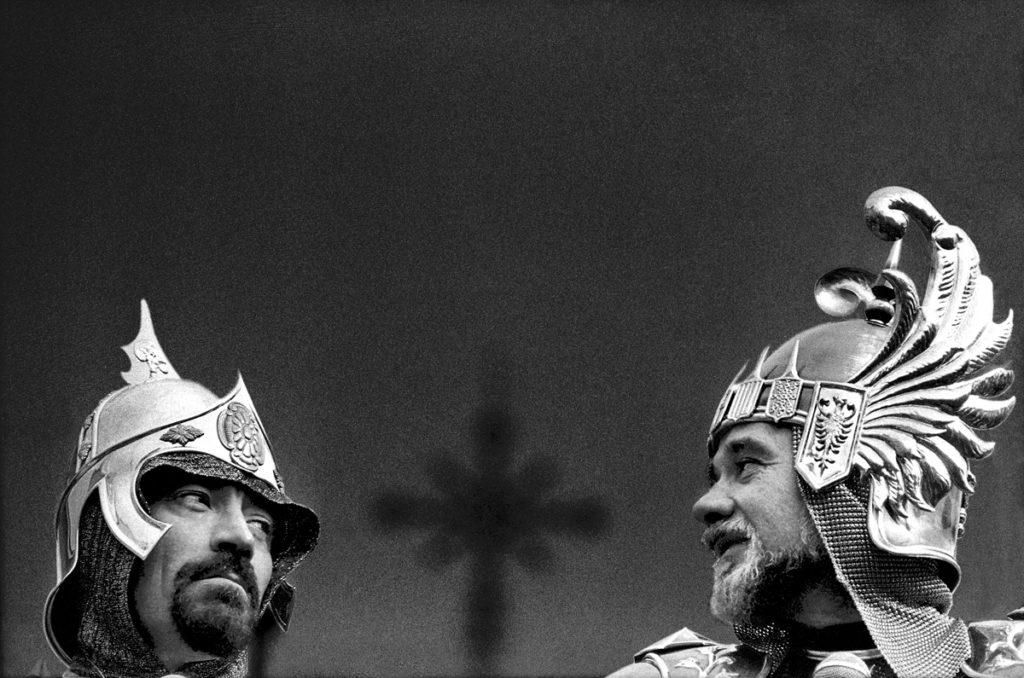 Paco Grau fa una important donació fotogràfica a l'Associació de Sant Jordi