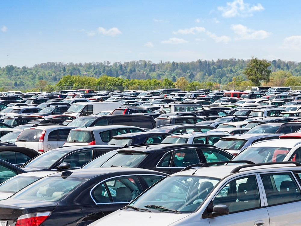 Un estudio del British Geological Survey (BGS) incluye en la lista de los 10 elementos y eventos de la Tierra más raros el hecho de encontrar aparcamiento en el centro de Alcoy un día laborable