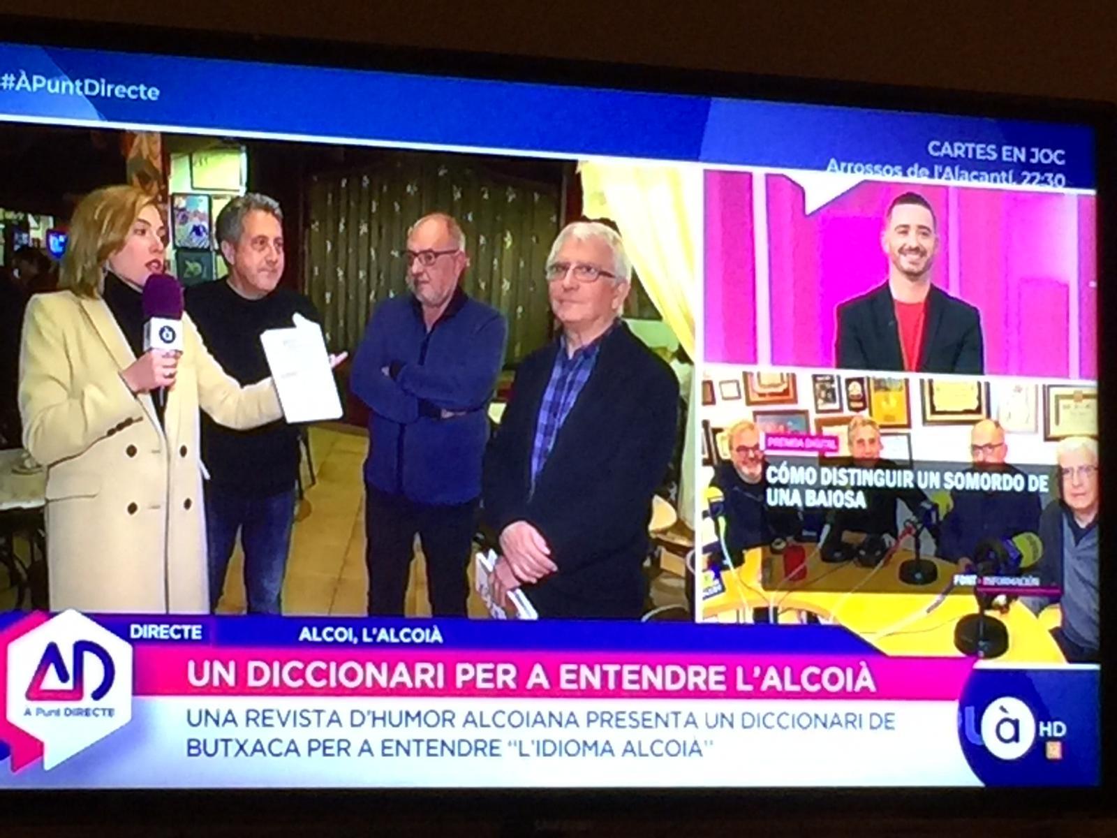 """El """"Diccionari de butxaca"""" cruza fronteras y aparece en la televisión autonómica valenciana"""