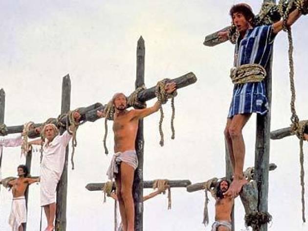 El Casal podrá crucificar a los festeros y festeras que incumplan los nuevos estatutos