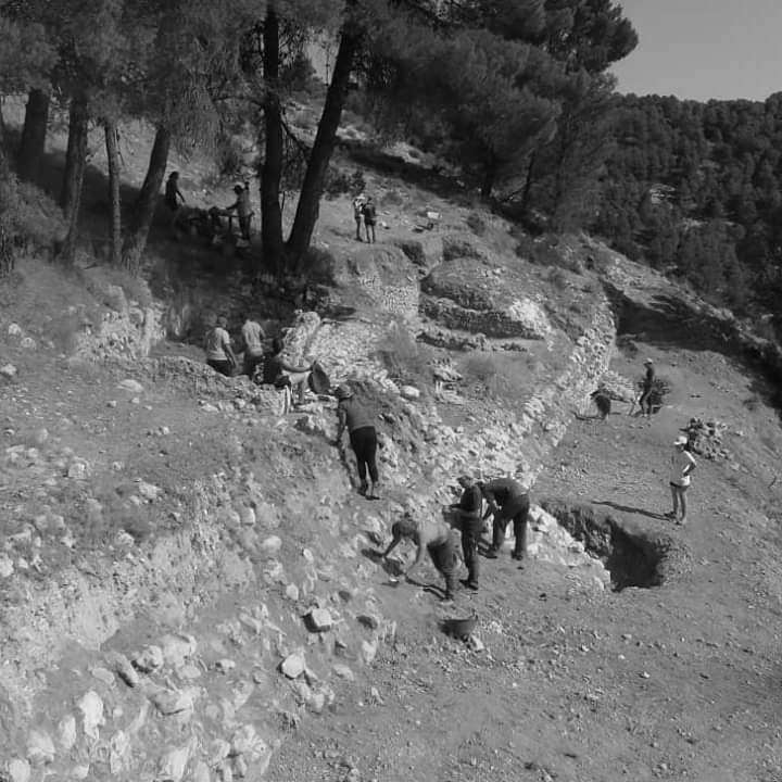 Jaciments arqueològics al voltant d'Alcoi per a un estudiant d'història