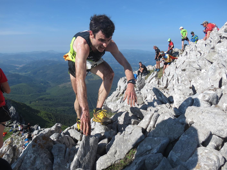 La organización del Trail Solidari descalificará de manera fulminante a todos aquellos participantes que durante la carrera digan: Vinga, que només falten 5 minuts i després tot és baixada