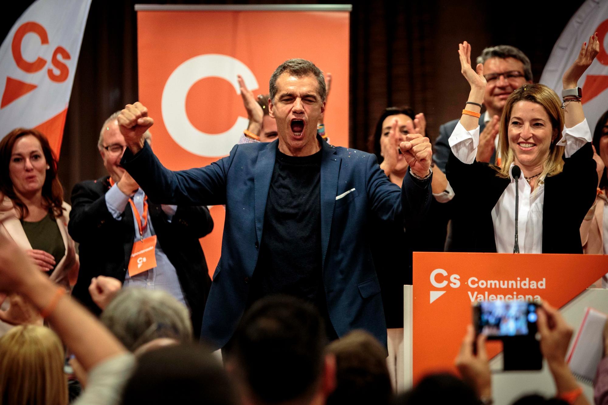 Toni Cantó arrasa en la 50 edición de los International Cagafilaes Awards
