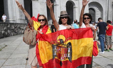 Tras retirar 226 placas y símbolos franquistas el Ayuntamiento intentará también retirar a los franquistas